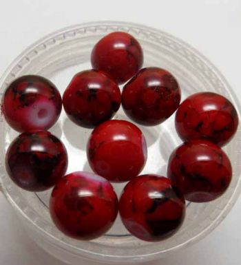 Mottled Glass Beads. 8mm Red x 10